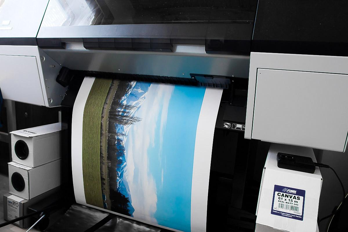 jak vyrábíme Fotoobrazy (velkoformátový tisk + adjustování fotografií)